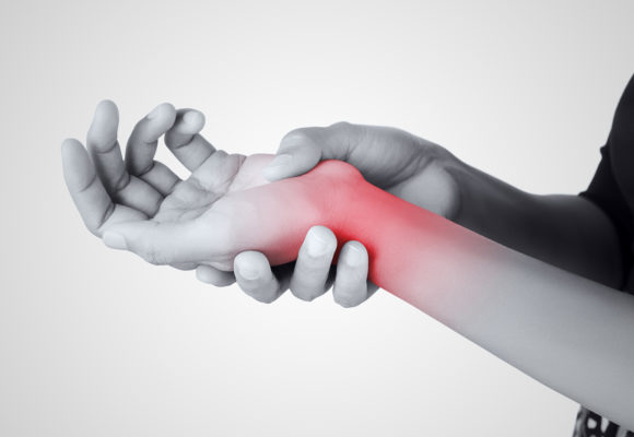 What to Know About Treatment Options for Hand Fractures